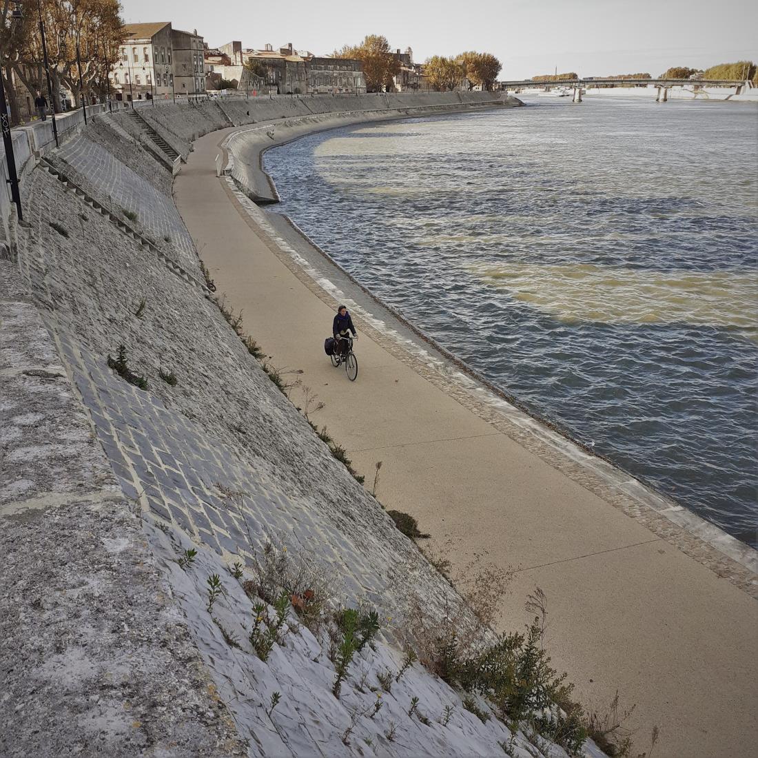 Arles Bords du Grande Rhône ©1MP2