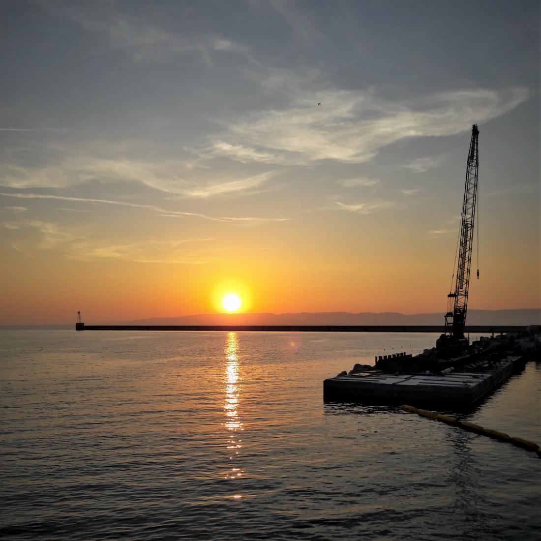 Coucher de soleil au port de Marseille