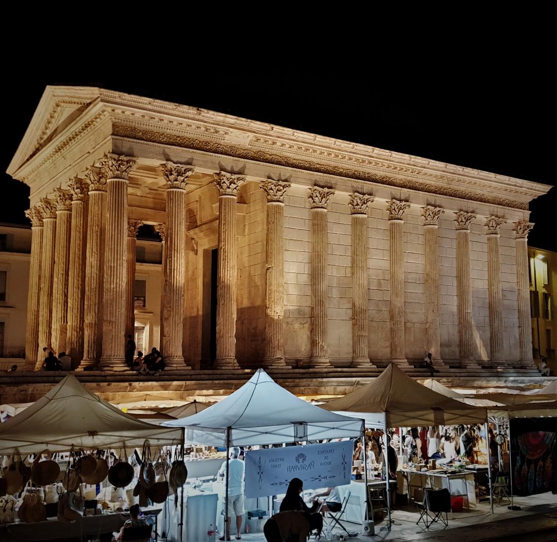 Nîmes - Les jeudis du Nîmes ©1MP2