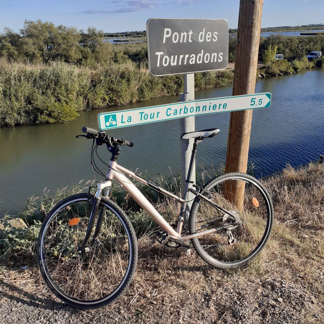 Vauvert Pont du Tourradons Voie Verte Canal Rhône ©1MP2